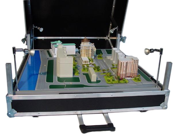 Городов в табакерке находка для архитектора – кофр для хранения макетов