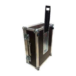 Кофр для синтезатора с колесами и чемоданной ручкой